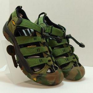 Keen Newport H2 1014259 Big Kids Camouflage Sandal